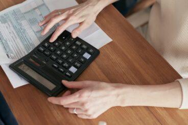 stos se pueden calcular sobre la cifra que se debía realizar en la fecha pactada